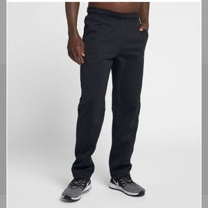 Nike dri fit thermal training pants size med